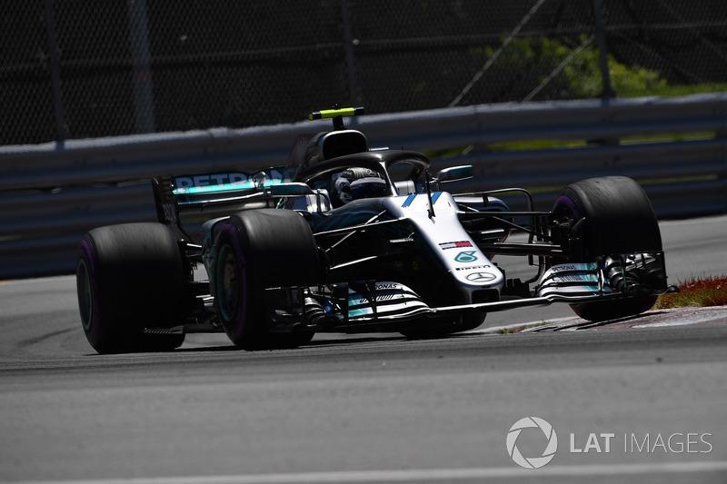 2: Valtteri Bottas, Mercedes-AMG F1 W09, 1'10.857