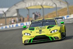 Алекс Линн, Максим Мартен, Джонатан Адам, Aston Martin Racing, Aston Martin Vantage AMR (№97)