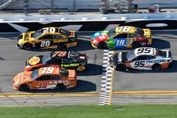 Daniel Suarez, Joe Gibbs Racing Toyota, Martin Truex Jr., Furniture Row Racing Toyota, Erik Jones, J