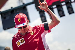 Kimi Raikkonen, Ferrari on the drivers parade