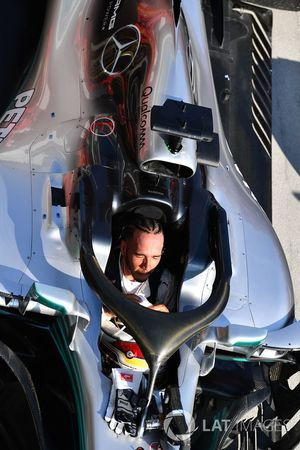 Lewis Hamilton, Mercedes-AMG F1 W09 celebrates in parc ferme