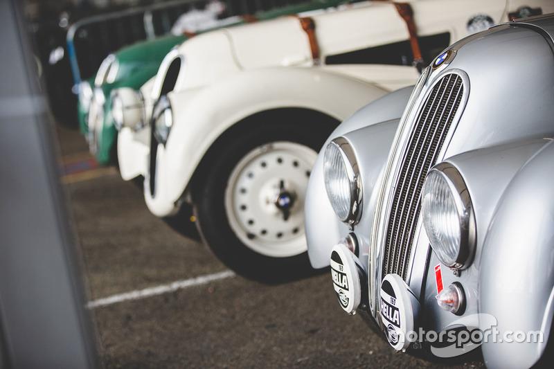 Coche antiguo de BMW