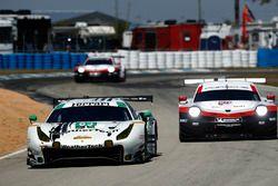 Купер Макнил, Алессандро Бальцан, Гуннар Джиннетт, Scuderia Corsa, Ferrari 488 GT3 (№63), Патрик Пил