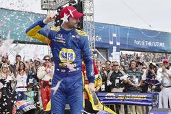 Alexander Rossi, Andretti Autosport Honda viert de overwinning