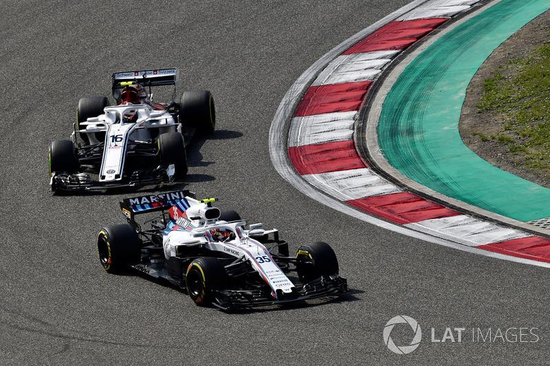 Sergey Sirotkin, Williams FW41 et Charles Leclerc, Sauber C37