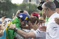 Lucas di Grassi, Audi Sport ABT Schaeffler, Allan McNish, Team Principal, Audi Sport Abt Schaeffler, after winning the Zurich ePrix
