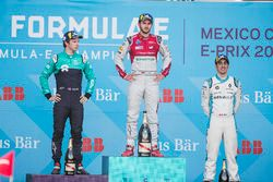 Daniel Abt, Audi Sport ABT Schaeffler, festeggia sul podio dopo aver vinto la gara Oliver Turvey, NIO Formula E Team, Sébastien Buemi, Renault e.Dams
