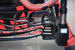 Red Bull Racing RB13 : vue détaillée de l'aileron avant