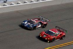 #66 Ford Performance Chip Ganassi Racing Ford GT: Joey Hand, Dirk Müller, Sebastien Bourdais, #62 Ri