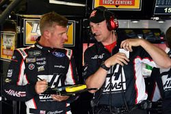Clint Bowyer, Stewart-Haas Racing, Haas 30 Years of the VF1 and Mike Bugarewicz