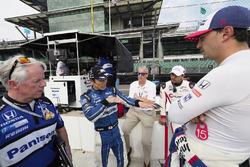 Takuma Sato, Rahal Letterman Lanigan Racing Honda, Graham Rahal, Rahal Letterman Lanigan Racing Honda, Oriol Servia, Scuderia Corsa with RLL Honda