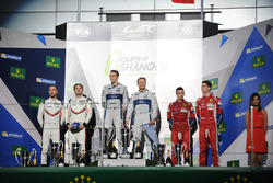 GTE Pro Podyum: #67 Ford Chip Ganassi Team UK Ford GT: Andy Priaulx, Harry Tincknell win