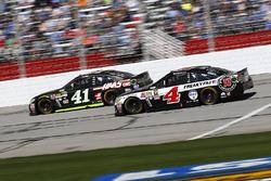 Kurt Busch, Stewart-Haas Racing Chevrolet, Kevin Harvick, Stewart-Haas Racing Chevrolet