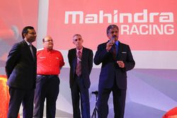 Anve Mahindra, Mahindra Grup Başkanı, Pawan Goenka, Mahindra & Mahindra Genel Müdürü, Ruzbeh Irani,