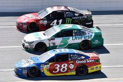 David Ragan, Front Row Motorsports, Ford; Kasey Kahne, Hendrick Motorsports, Chevrolet; Kurt Busch,