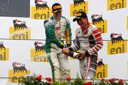 Podium: Pemenang balapan, Rio Haryanto, dan peringkat ketiga, Valtteri Bottas