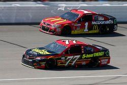 Erik Jones, Furniture Row Racing Toyota Jamie McMurray, Chip Ganassi Racing Chevrolet