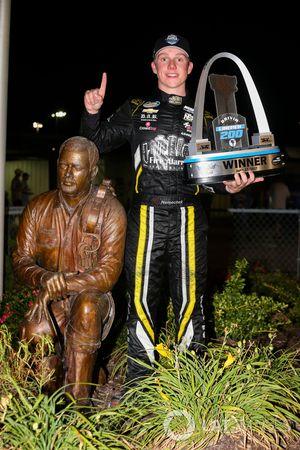 Yarış galibi John Hunter Nemechek, SWM-NEMCO Motorsports Chevrolet