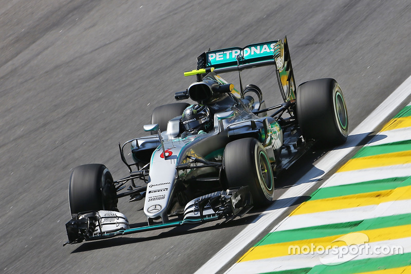 2016: Mercedes F1 W07