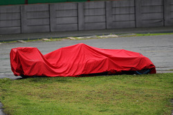 The Ferrari SF16-H of Kimi Raikkonen, Ferrari covered after he crashed out of the race