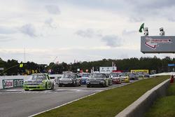 Kaz Grala, GMS Racing Chevrolet leads a late restart