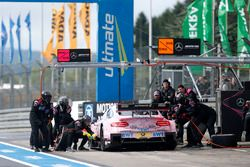 Arrêt au stand : Lucas Auer, Mercedes-AMG Team HWA, Mercedes-AMG C63 DTM