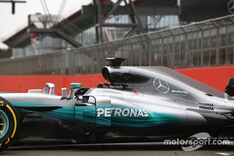 Mercedes AMG F1 W08: Motorhaube und Seitenkasten