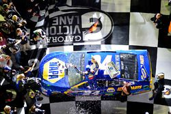 Duel 1 winner Chase Elliott, Hendrick Motorsports Chevrolet