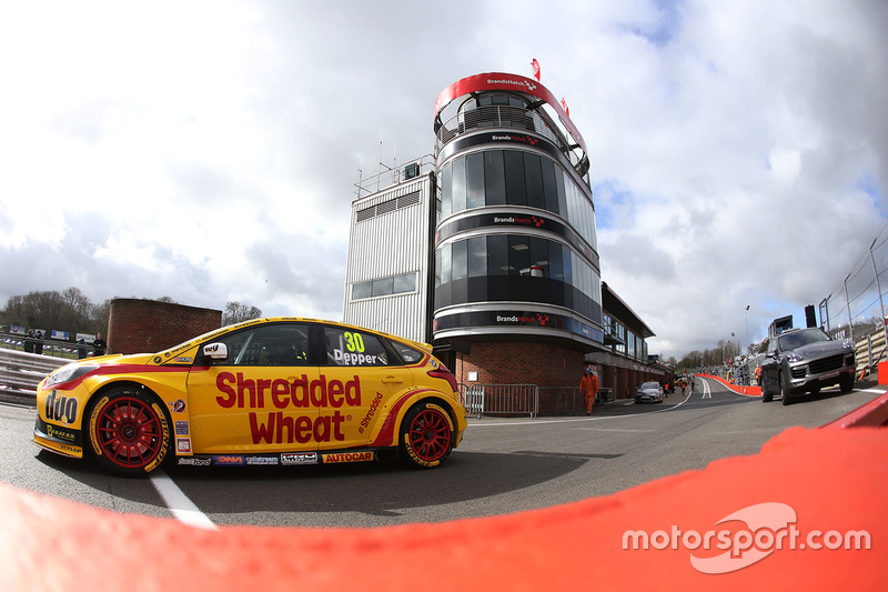 Martin Depper, Team Shredded Wheat Racing with Duo Ford Focus