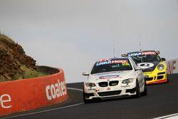 #28 On Track Motorsport, BMW 335i: Garry Mennell, Bernard Verryt, Steve Vanbellingen