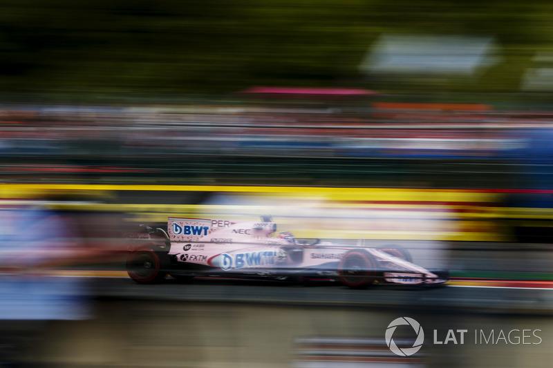 Bandiera a scacchi - Esteban Ocon, Sahara Force India F1 VJM10