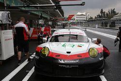 #92 Porsche Team Porsche 911 RSR