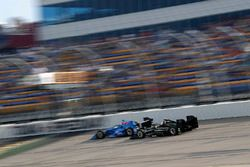 Tony Kanaan, Chip Ganassi Racing Honda Josef Newgarden, Team Penske Chevrolet