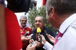 Sergio Marchionne, Director Ejecutivo, Chrysler Fiat y Presidente de Ferrari, es entrevistado junto