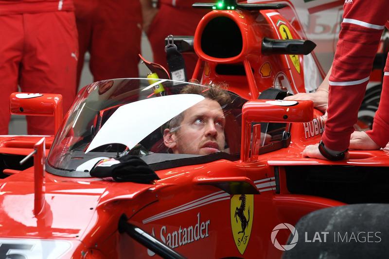 Ferrari SF70-H с системой «Щит» и Себастьяном Феттелем в кокпите