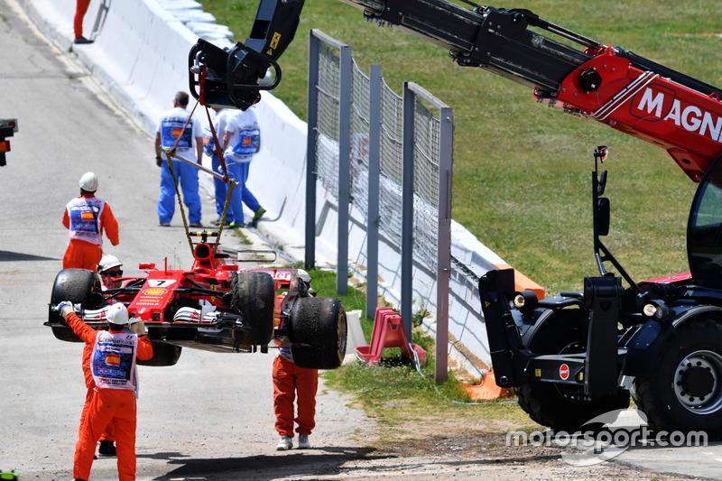 Kimi Raikkonen - 11 abandonos en la primera vuelta