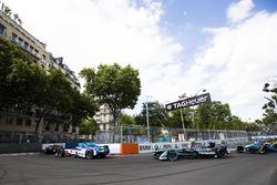 Robin Frijns, Amlin Andretti Formula E Team. precede Mitch Evans, Jaguar Racing