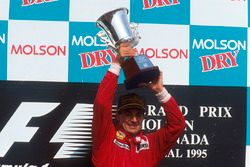 Podium: race winner Jean Alesi, Ferrari