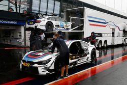 Los autos de Tom Blomqvist, BMW Team RBM, BMW M4 DTM y Maxime Martin, BMW Team RBM, BMW M4 DTM