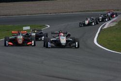 Joey Mawson, Van Amersfoort Racing, Dallara F317 - Mercedes-Benz, Nikita Mazepin, Hitech Grand Prix,