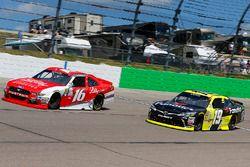 Ryan Reed, Roush Fenway Racing Ford y Matt Tifft, Joe Gibbs Racing Toyota