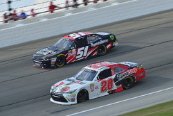 Erik Jones, Joe Gibbs Racing Toyota, Jeremy Clements, Jeremy Clements Racing Chevrolet