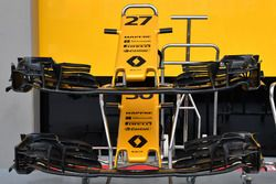 Renault Sport F1 Team RS17 nose and front wings