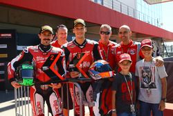 Eugene Laverty, Milwaukee Aprilia, Lorenzo Savadori, Milwaukee Aprilia ve Milwaukee Aprilia team