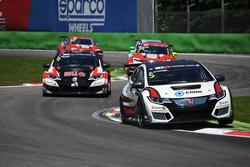 Roberto Colciago davanti ad Attila Tassi, Honda Civic TCR