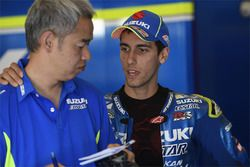 Shinichi Sahara, Team Suzuki MotoGP project leader, Alex Rins, Team Suzuki MotoGP