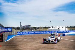 Antonio Felix da Costa, Amlin Andretti Formula E Team, precede Robin Frijns, Amlin Andretti Formula