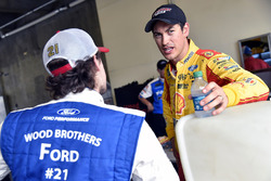 Joey Logano, Team Penske Ford, Ryan Blaney, Wood Brothers Racing Ford