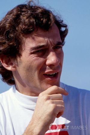 Ayrton Senna na het testen van de McLaren MP4/8met Chrysler/Lamborghini V12-motor