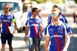 Antonio Felix da Costa, Amlin Andretti Formula E Team, cammina lungo il circuito